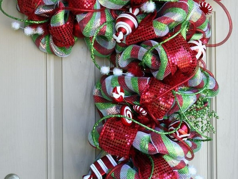 Deco Mesh Candy Cane Wreaths