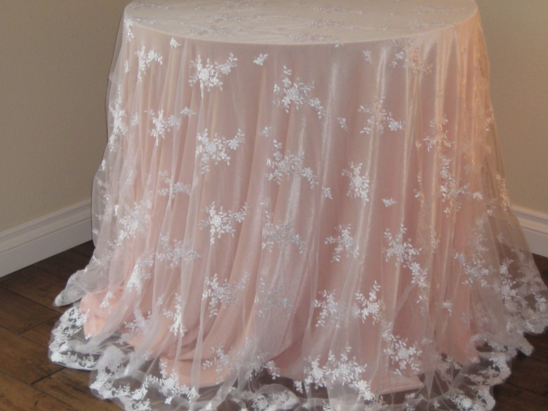 Decorative Table Cloths Designs