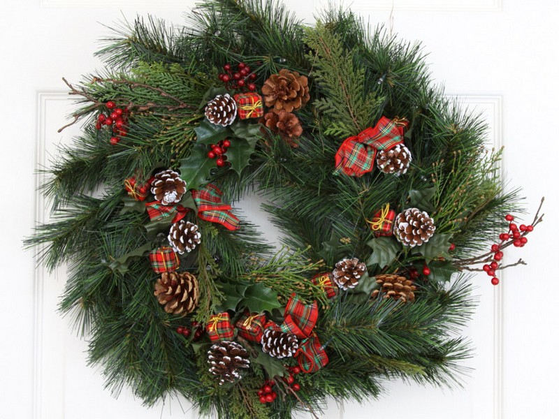 Decorative Wreaths For Doors