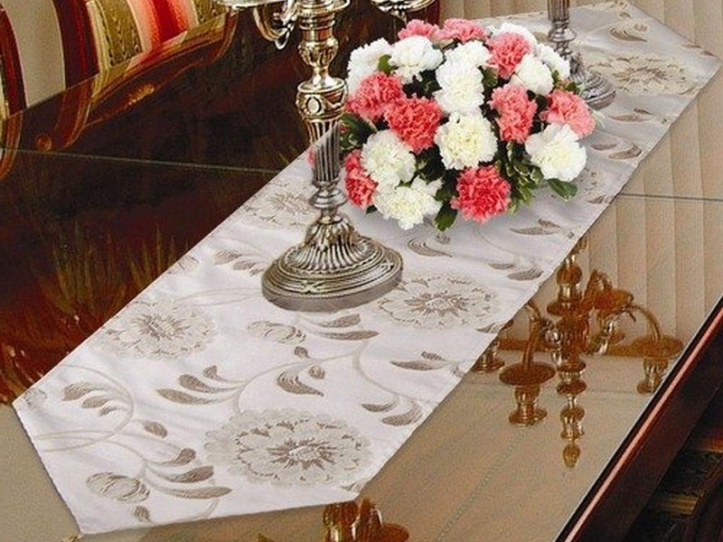 Dining Room Table Runners
