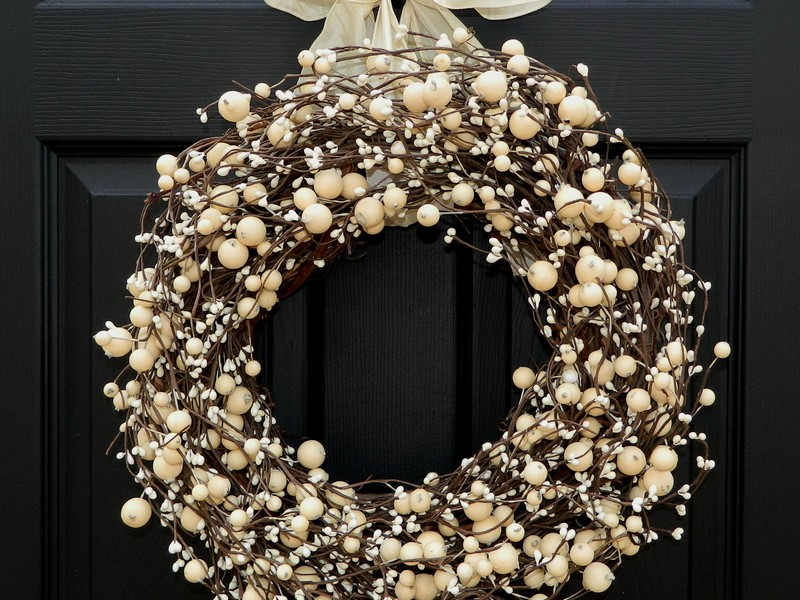 Door Wreaths For All Seasons