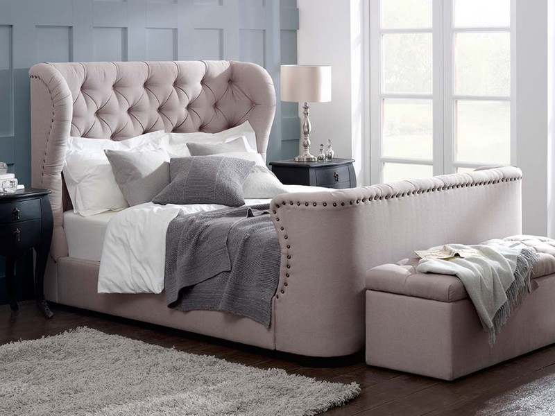 Double Bed With Tv In Footboard