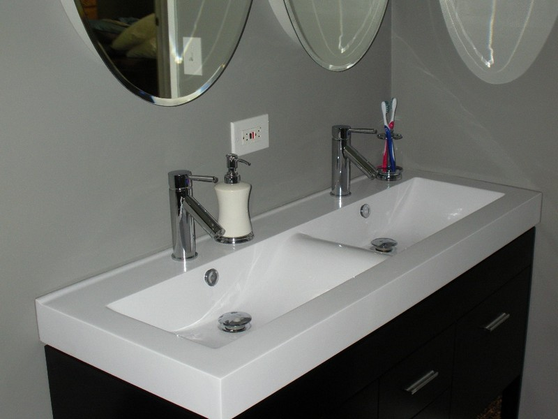 Double Faucet Single Drain Bathroom Sink