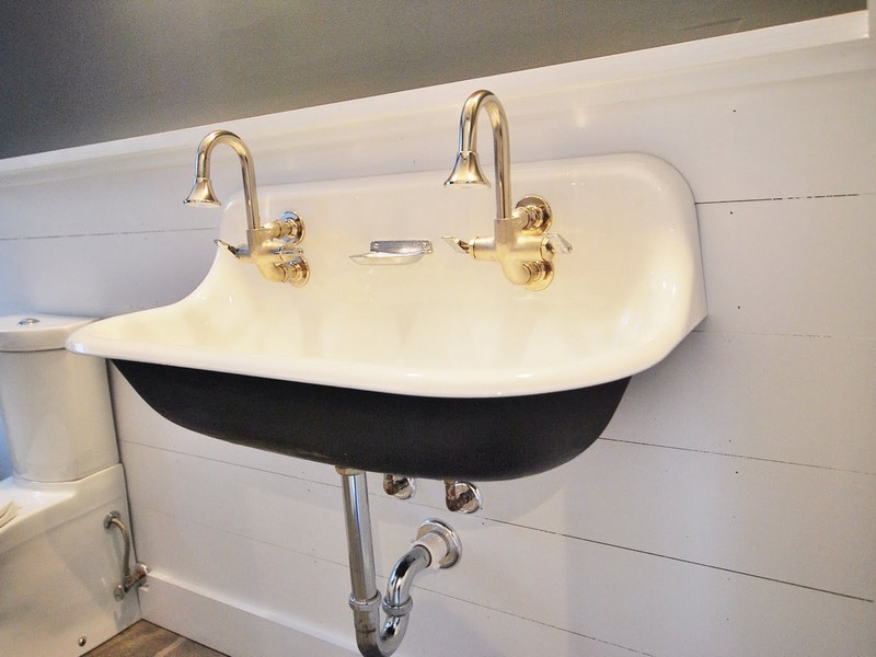 Double Porcelain Bathroom Sink