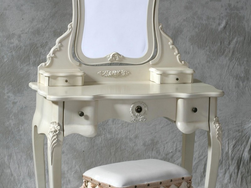 Dressing Room Table Mirrors