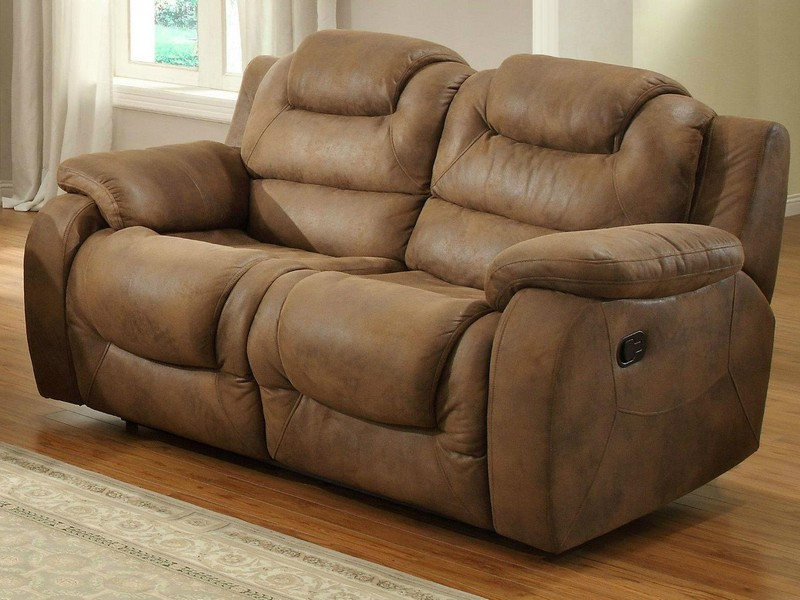 Dual Reclining Loveseat With Cup Holder