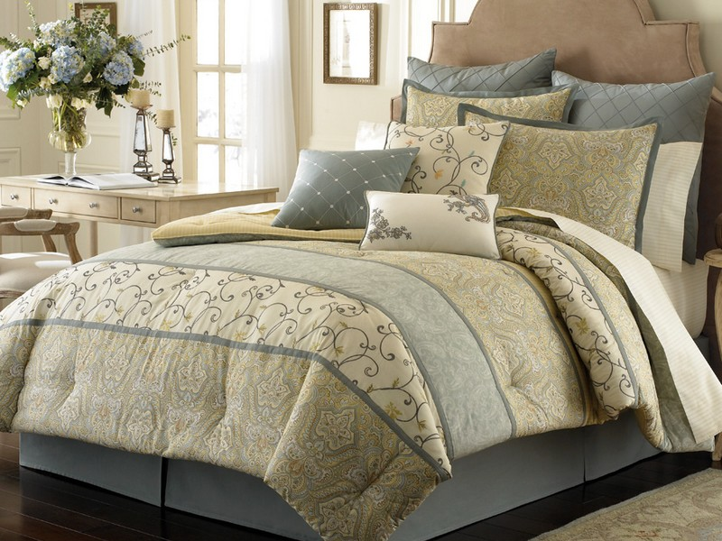 Eastern King Sheets Size
