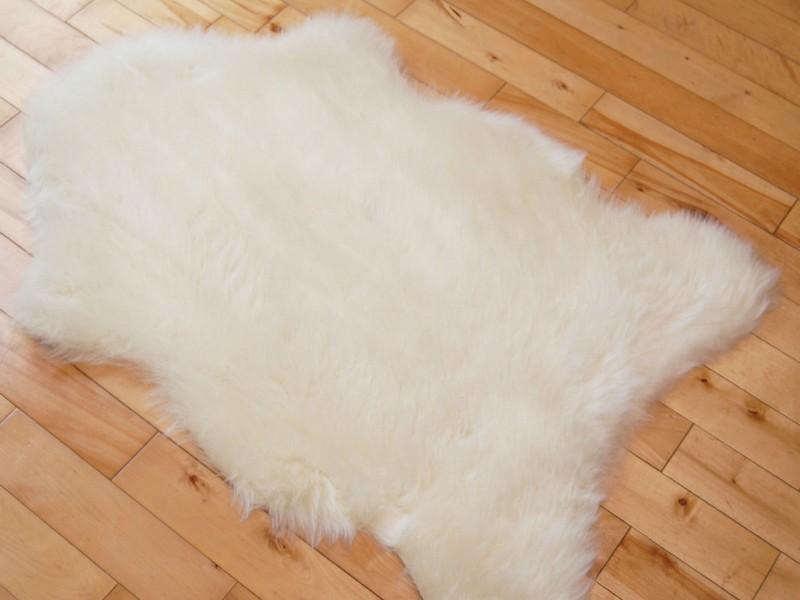 Faux Bear Skin Rug Pattern