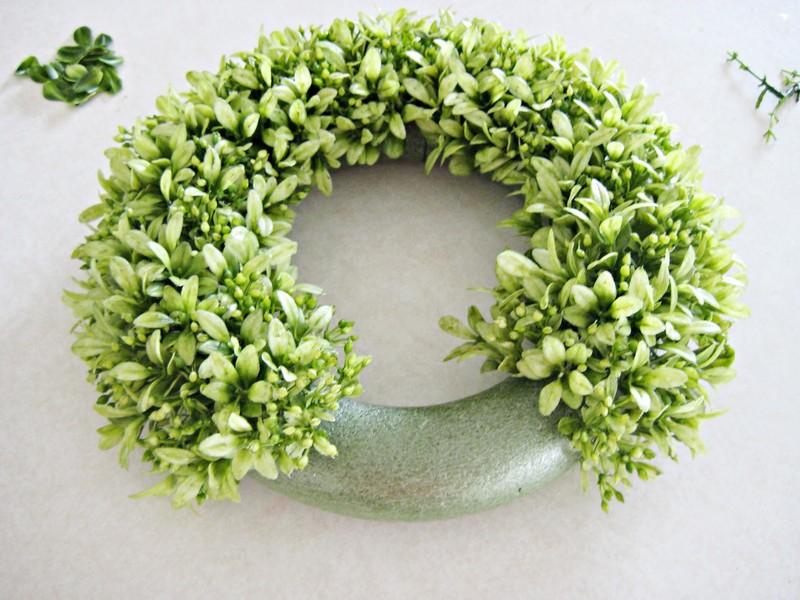 Faux Boxwood Wreath Diy