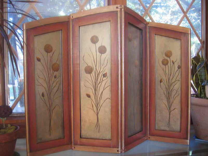 Folding Screens And Room Dividers