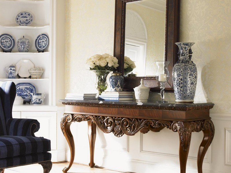 Foyer Table And Mirror Set
