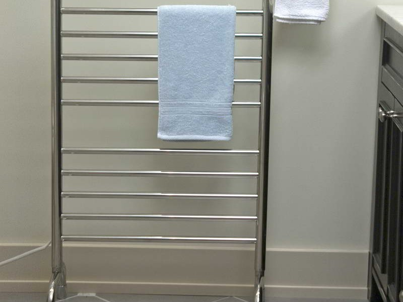 Free Standing Towel Racks For Small Bathrooms