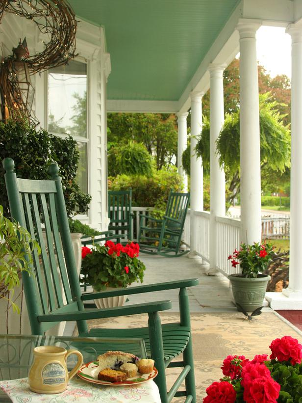 Front Porch Seating Ideas