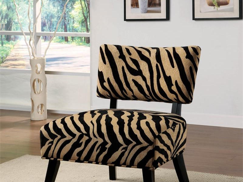 Giraffe Print Accent Chair