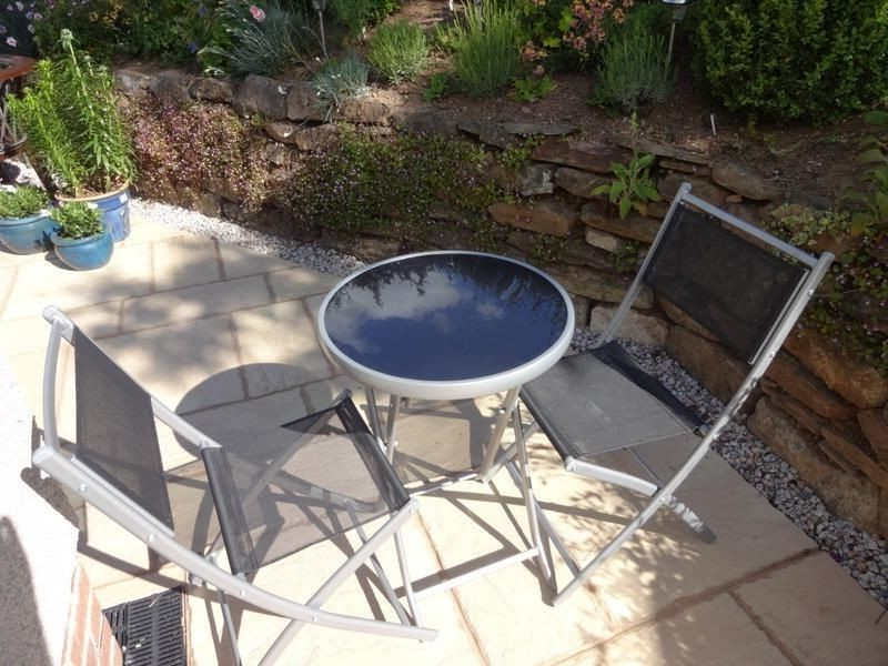 Glass Top Bistro Table 2 Chairs