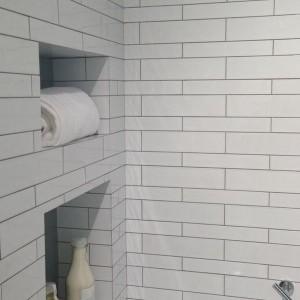 Grey Grout Bathroom