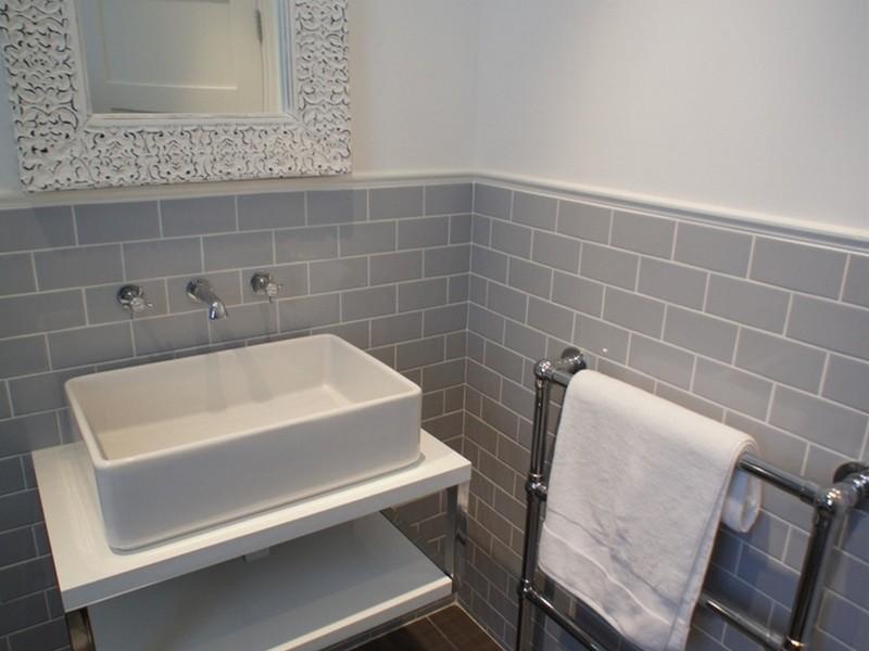 Grey Tile Retro Bathroom