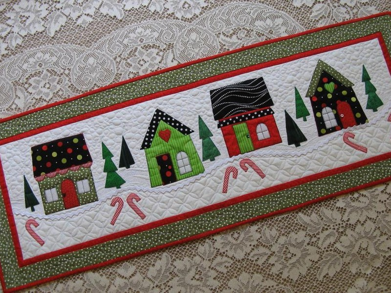 Holiday Table Runners Patterns