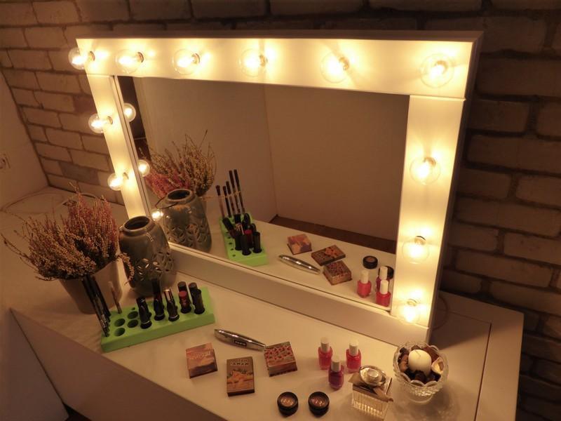 Hollywood Vanity Lights Plug In