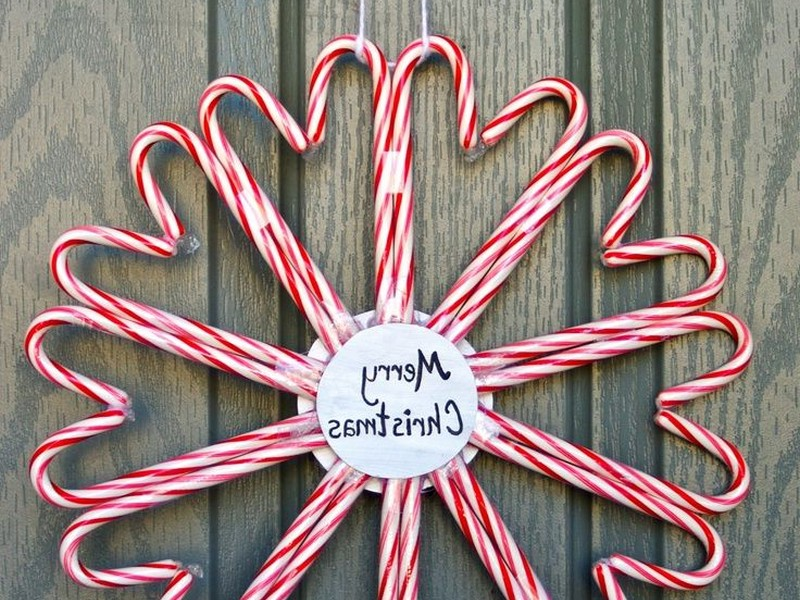 Images Of Candy Cane Wreaths