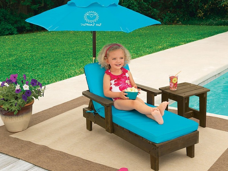 Kids Chaise Lounge With Umbrella
