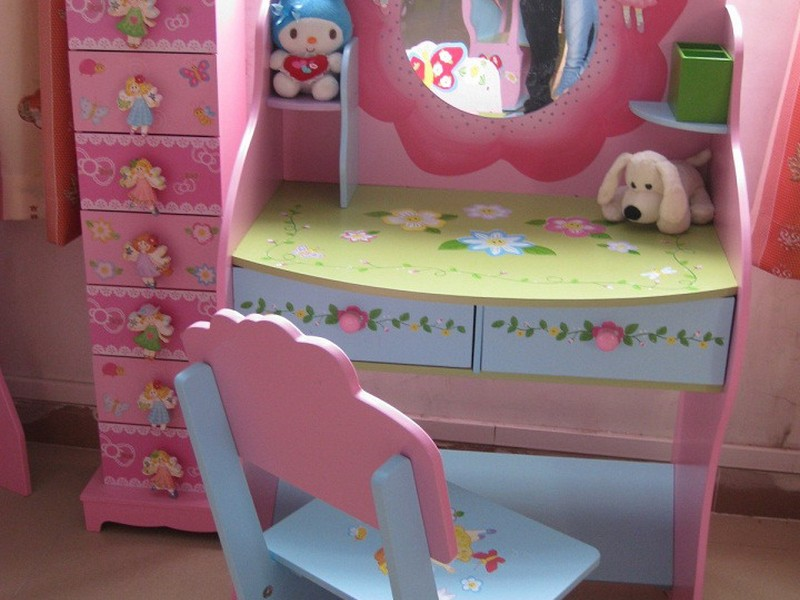 Kids Vanity Table With Mirror