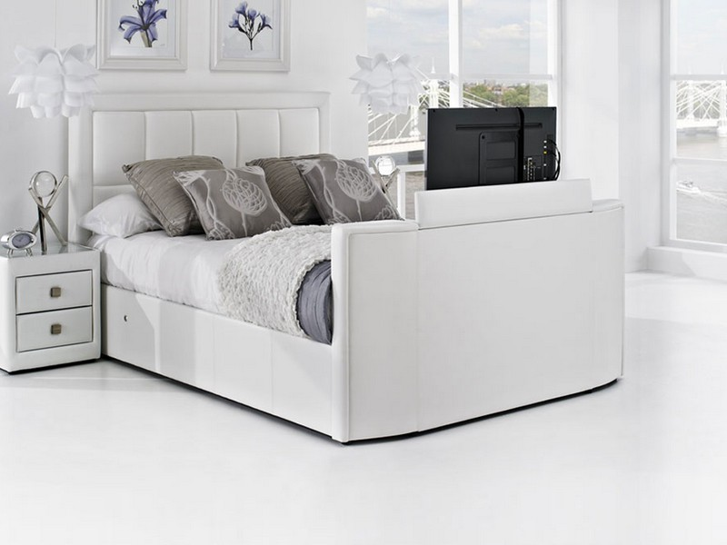 King Bed With Tv In Footboard