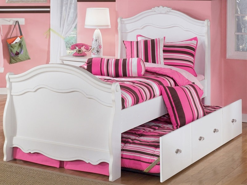 King Sleigh Bed Leather