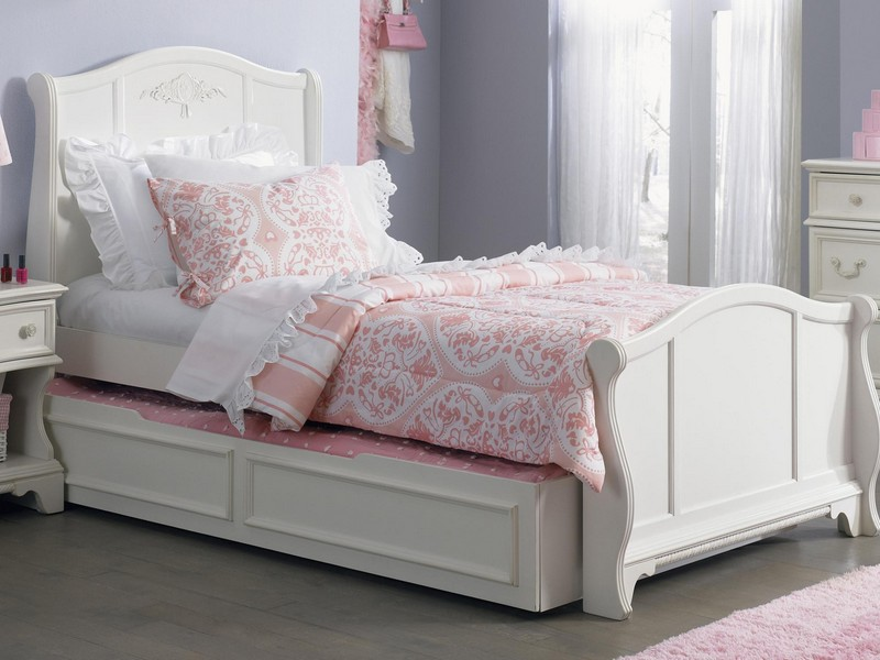 King Sleigh Bed Set