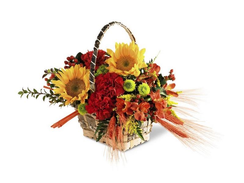 Large Floral Arrangements In Baskets
