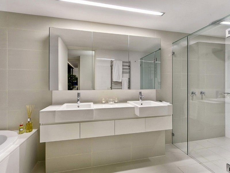 Large Mirrors For Bathrooms