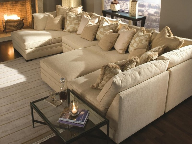 Large Sectional With Chaise Lounge