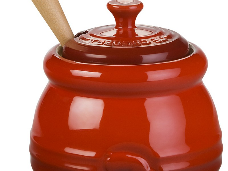 Le Creuset Honey Pot Red