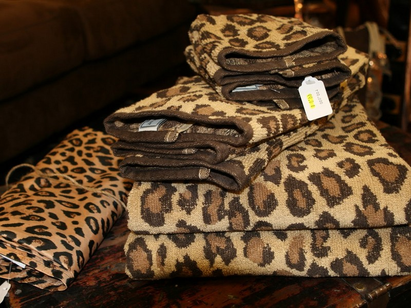 Leopard Bath Towels