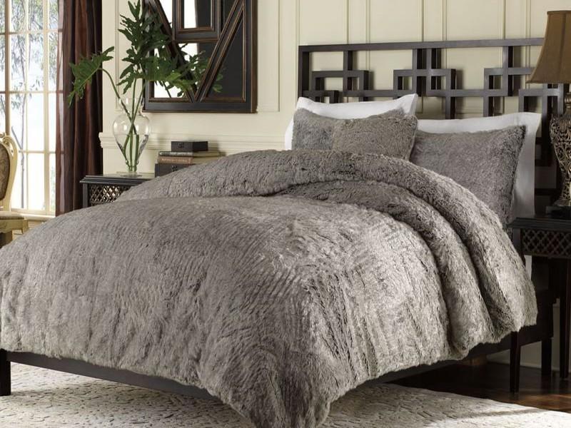 Luxury Collection Faux Fur Duvet