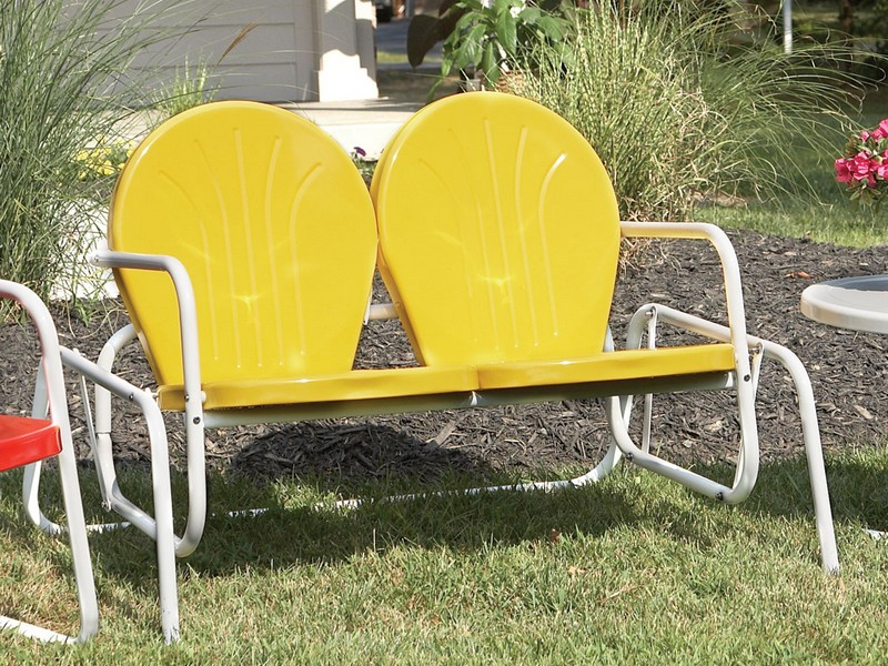 Metal Lawn Furniture Retro