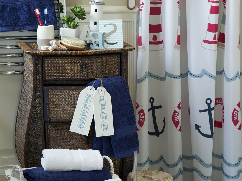 Nautical Themed Bathroom Decor