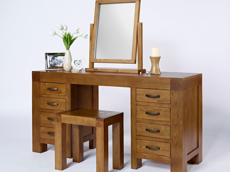 Oak Vanity Table With Drawers