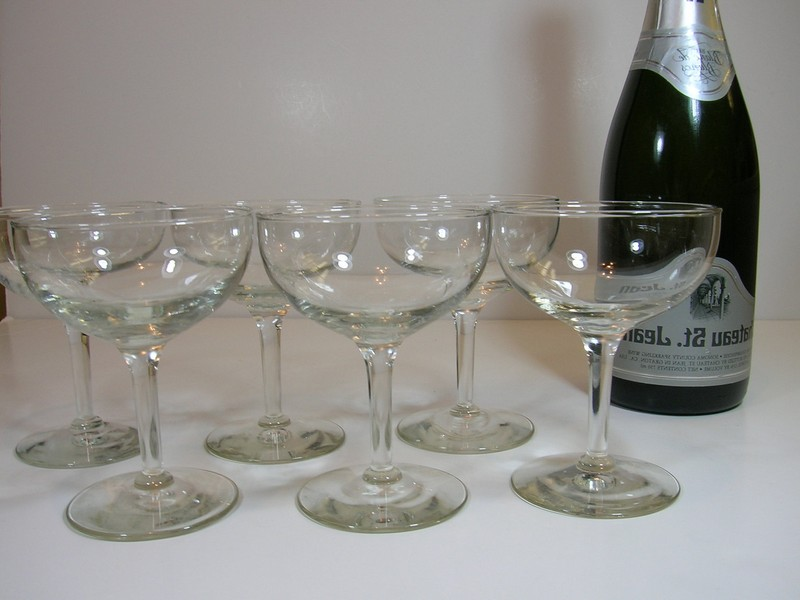 Old Fashioned Champagne Glasses