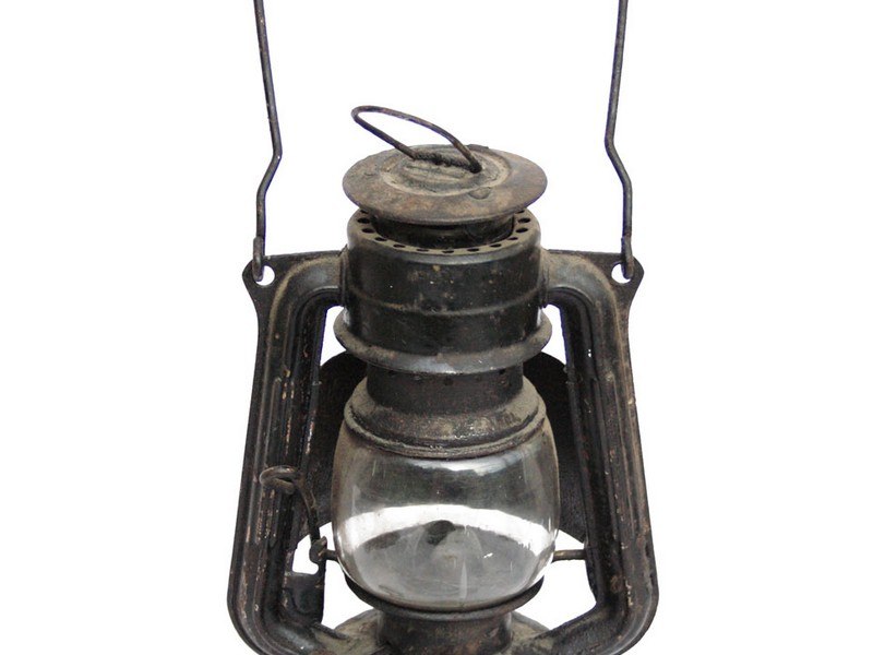 Old Fashioned Oil Lanterns