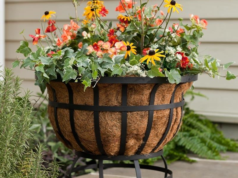 Outdoor Metal Plant Stands