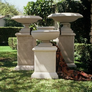Outdoor Planters And Urns Large