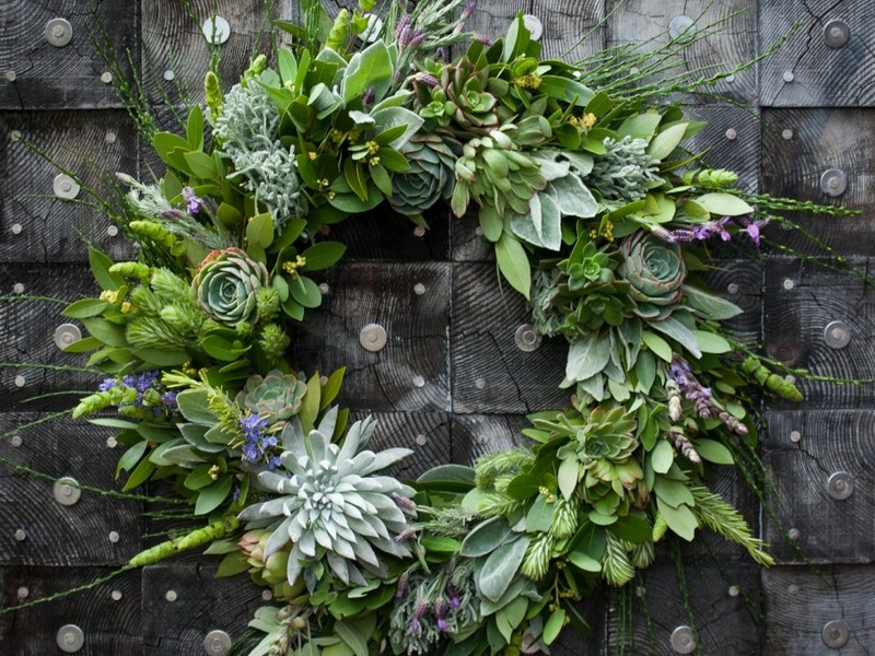 Outdoor Wreaths For Doors