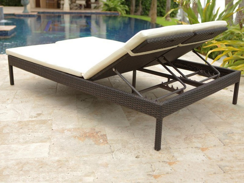 Oversized Chaise Lounge Outdoor