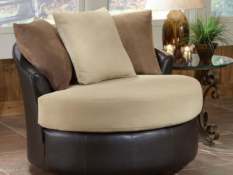 Oversized Round Chair With Cup Holder