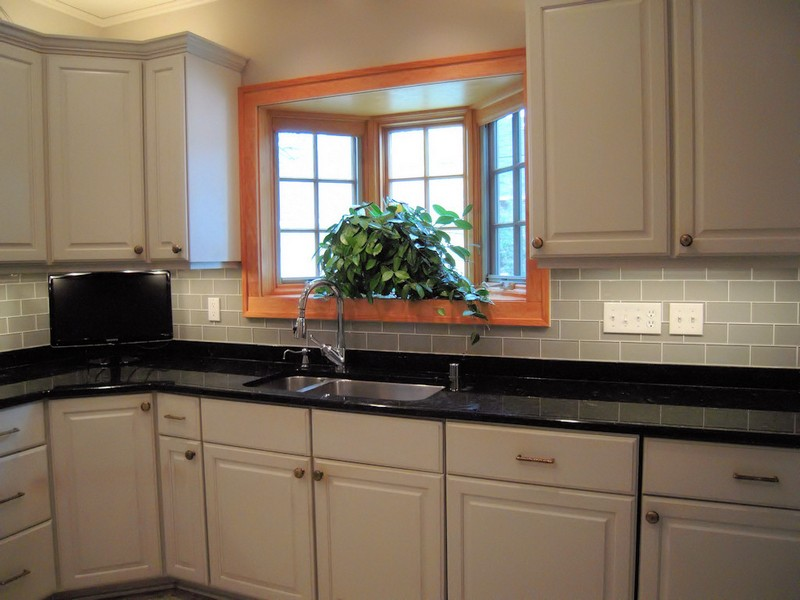 Painting Ceramic Tile Backsplash Ideas