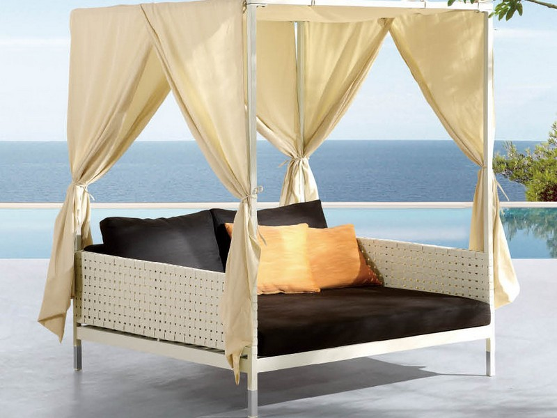 Patio Daybed With Canopy Set