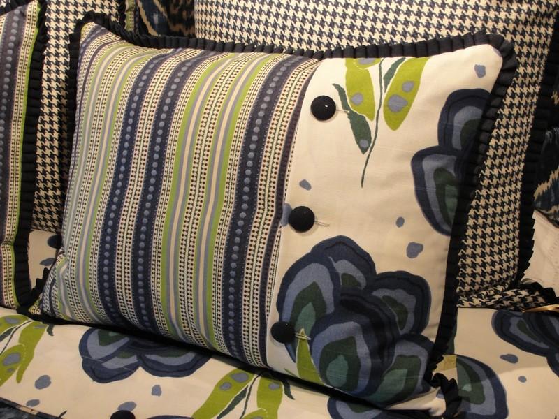 Phoenix Down Pillows Four Seasons