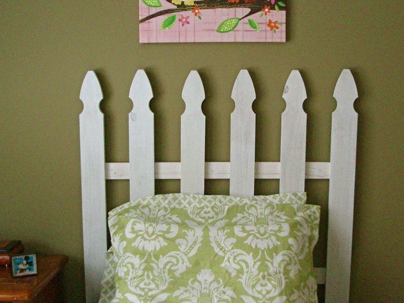 Picket Fence Headboard Ideas