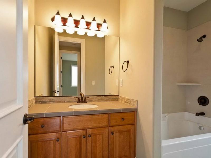 Pictures Of Bathroom Vanities With Lights